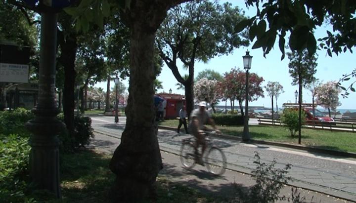 salerno pista ciclabile lungomare mobilità sostenibile